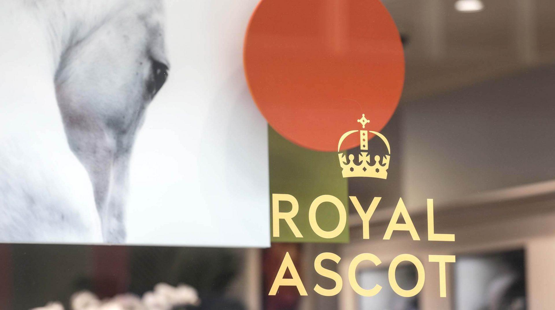 Links of London - Royal Ascot Display